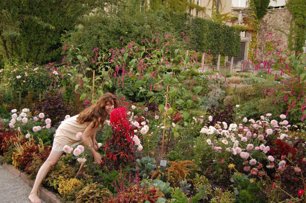 Fotografische Begegnung auf Augenhöhe, wie hier 2008 im Botanischen Garten in München, damals für das Nymphenspiegel-Kulturforum, über das ich eine Kultur-Partnerschaft mit dem Botanischen garten pflege.